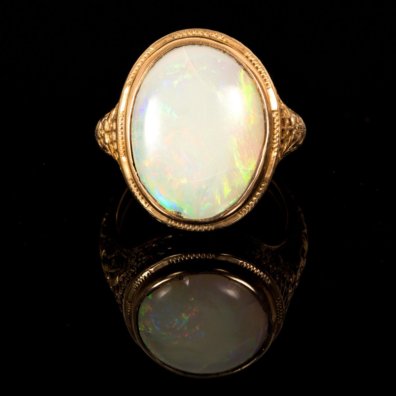 A Victorian 14K Yellow Gold and Opal Ring