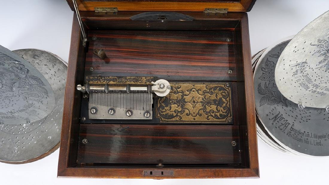 Celesta Disc Music Player with 54 discs - 4