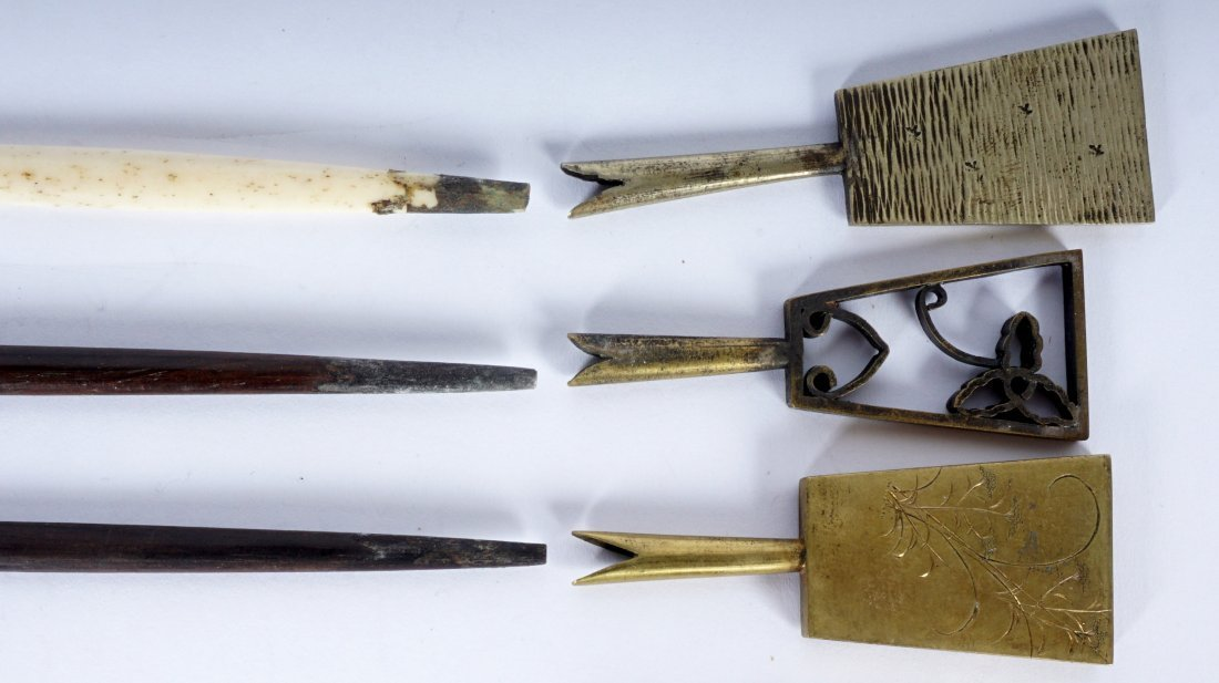 5 Japanese Ebony, Bone & Brass Hair Pins - 7