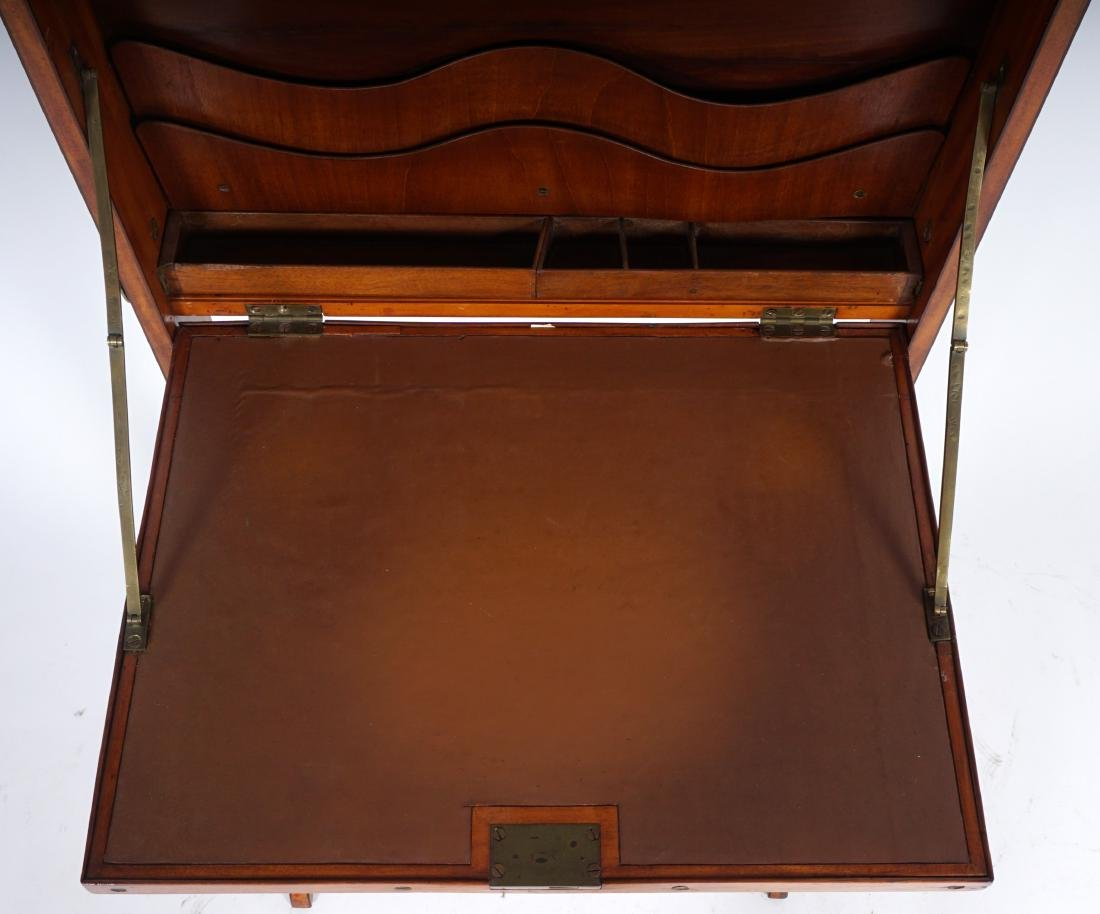 18th Century English Satinwood Fire Screen Desk - 6