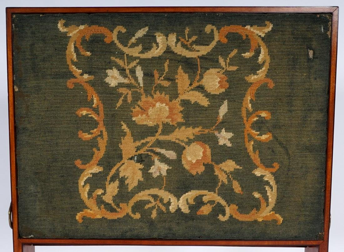 18th Century English Satinwood Fire Screen Desk - 7