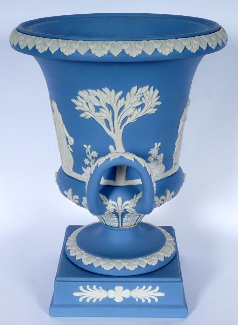 Wedgwood Jasperware Covered Urn - 3