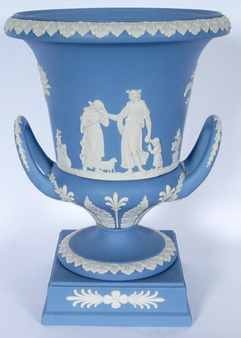 Wedgwood Jasperware Covered Urn - 4