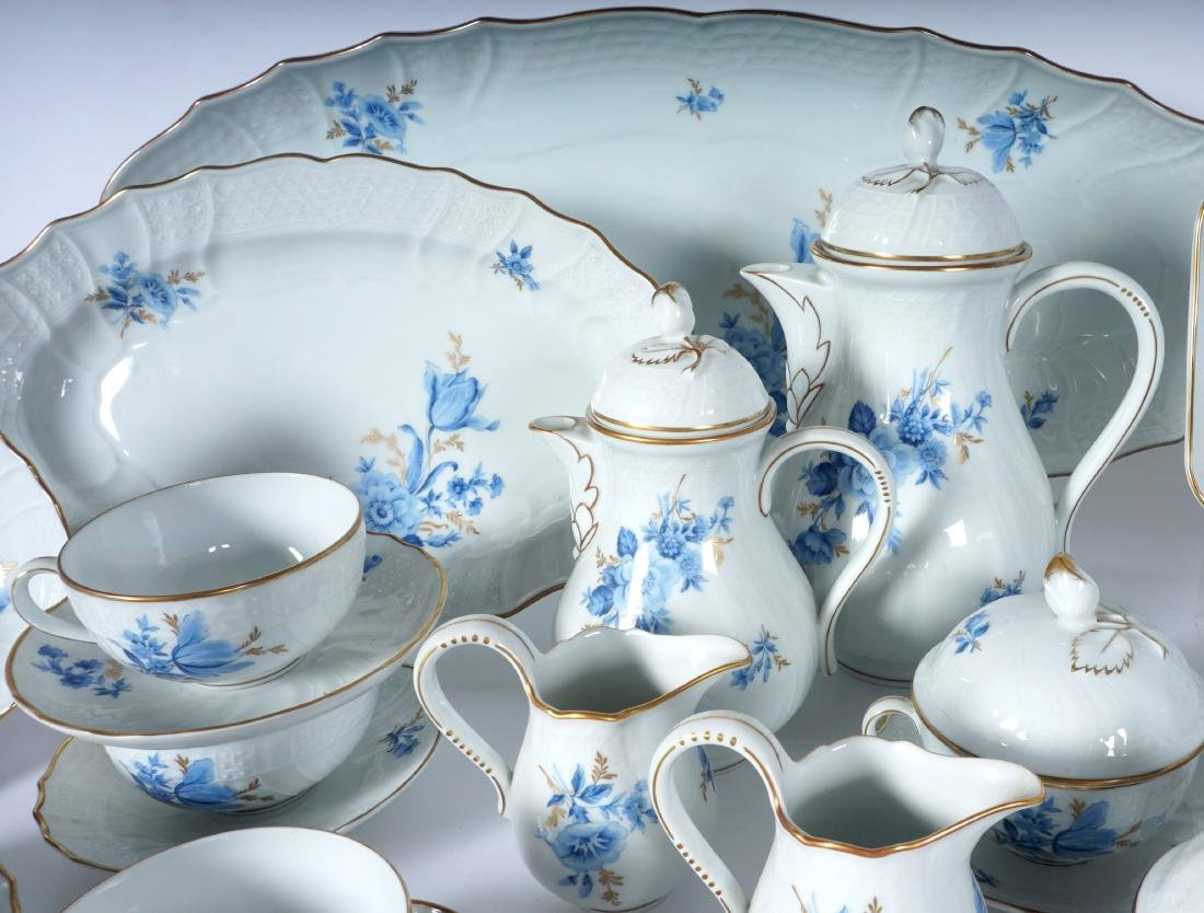 Hutschenreuther Chateau Blue China Service - 3