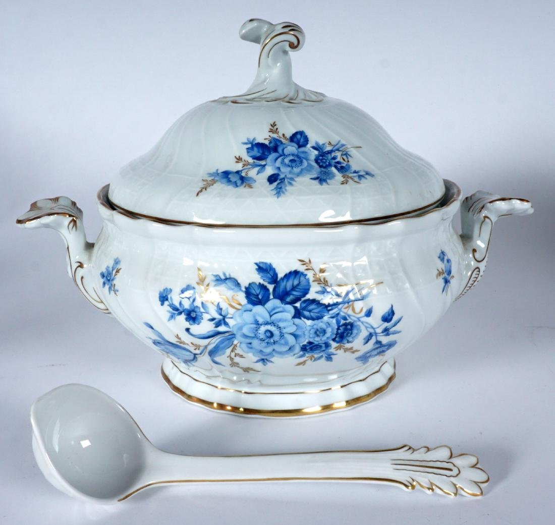 Hutschenreuther Chateau Blue China Service - 5
