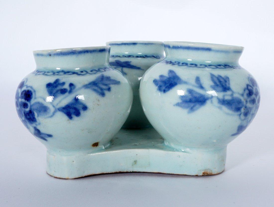 Unique Korean Porcelain Triple Jar Tray - 3