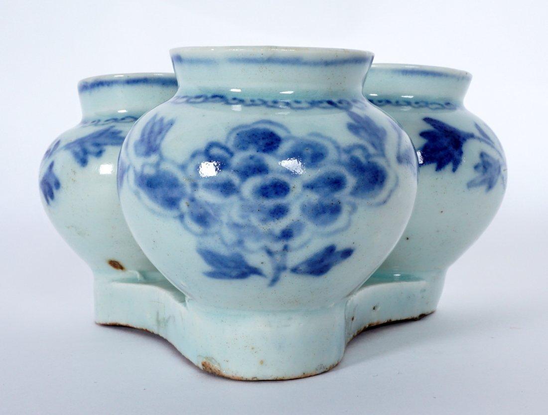 Unique Korean Porcelain Triple Jar Tray - 5