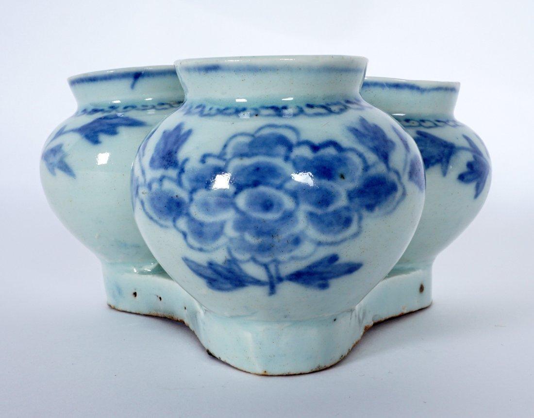 Unique Korean Porcelain Triple Jar Tray - 7