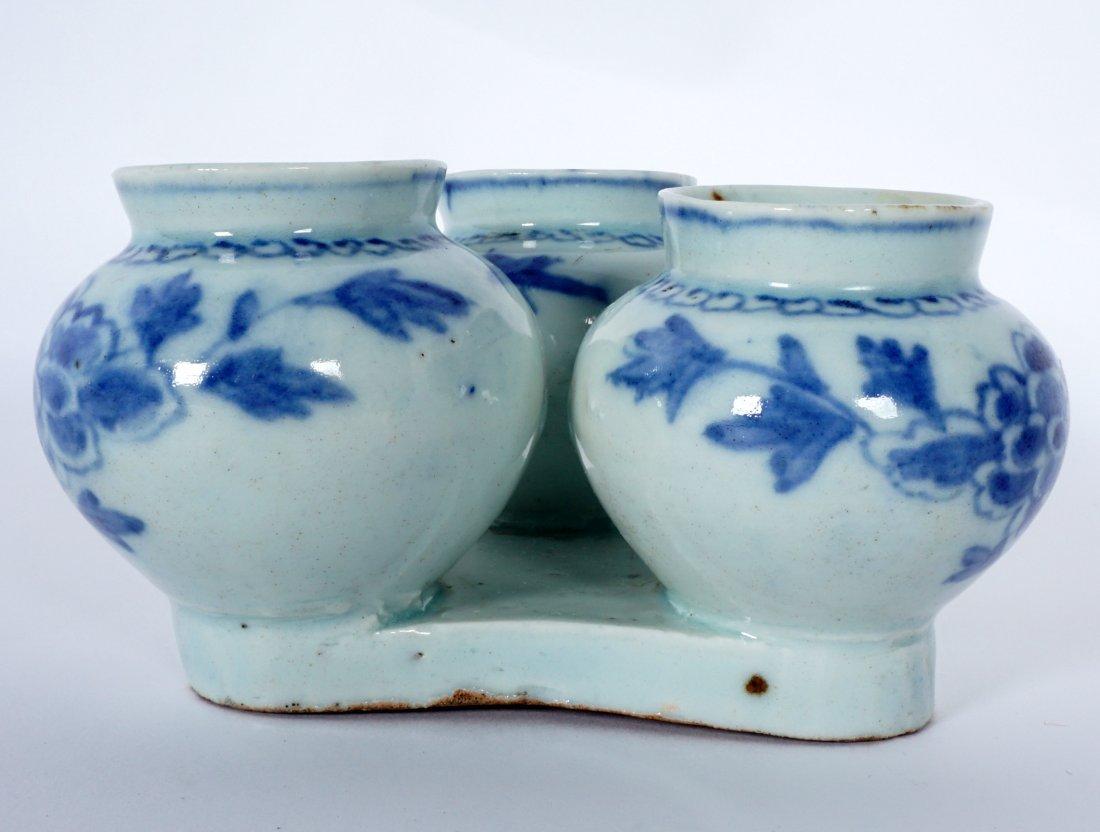 Unique Korean Porcelain Triple Jar Tray - 8