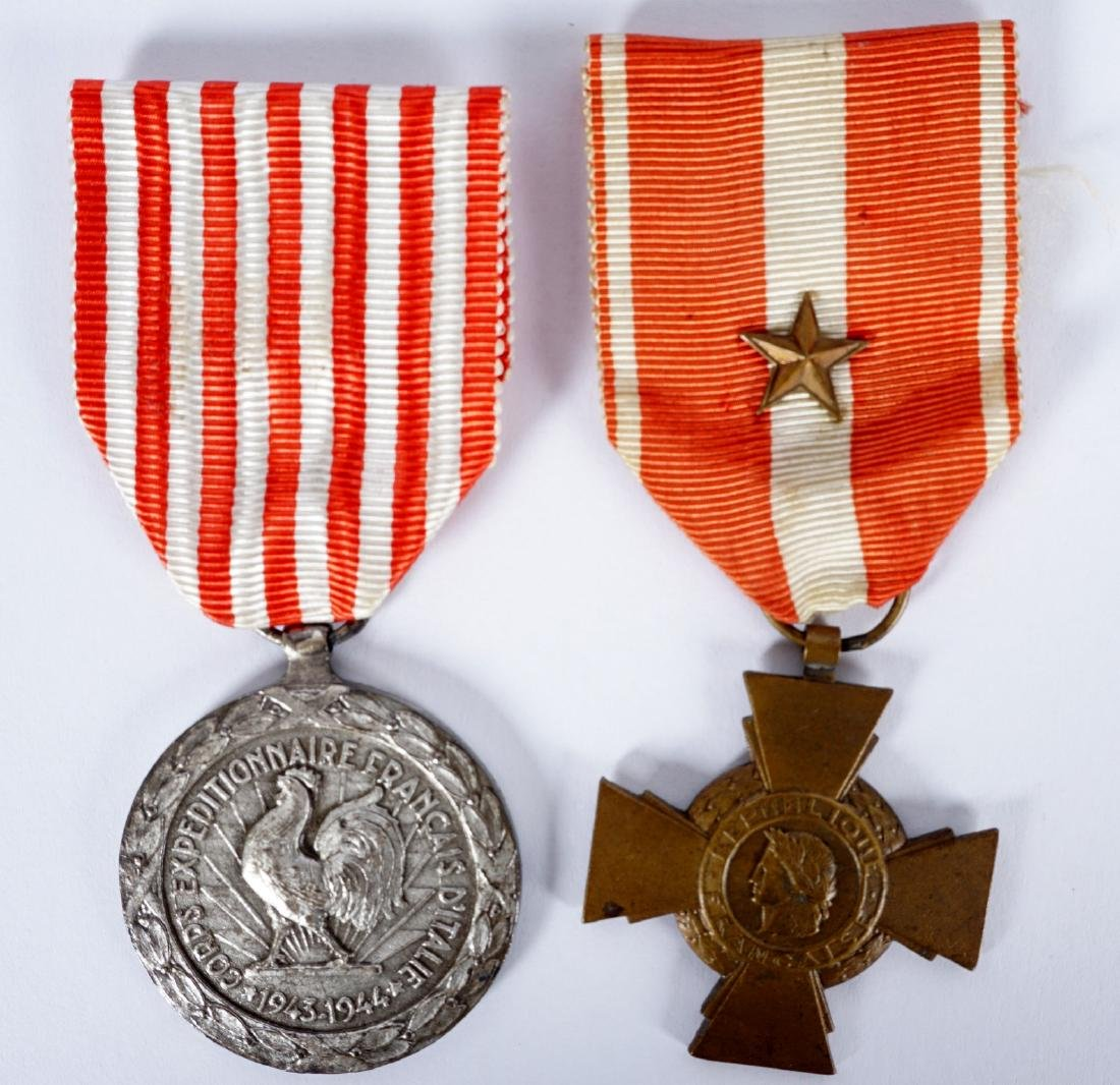 Collection of 15 French WWI / WWII Medals - 10