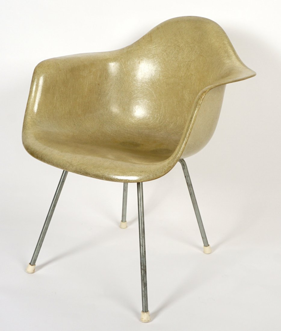 Ray and Charles Eames Herman Miller Shell Chair