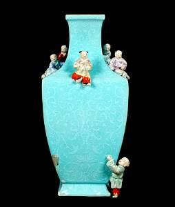 Antique Qianlong Chinese Six Climbing Boys Vase