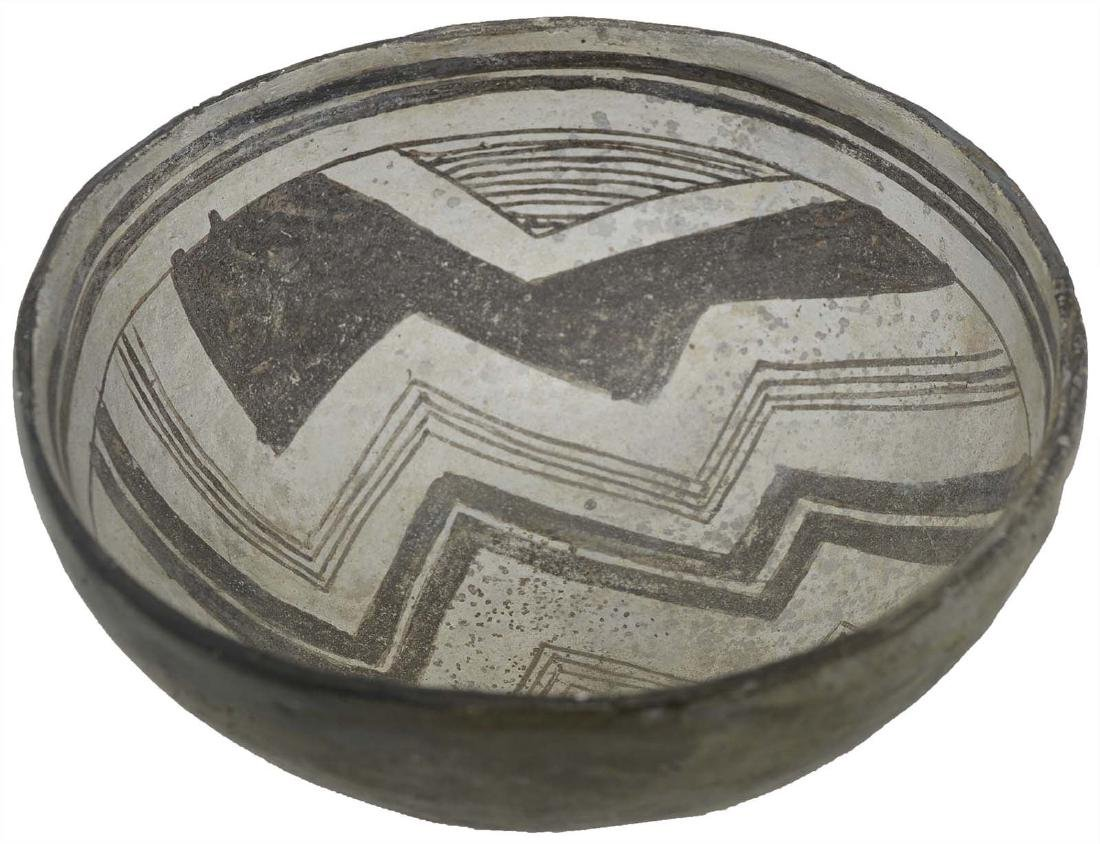 "6"" D. Mimbres Mogollan Bowl.  NM. Geometric designs."