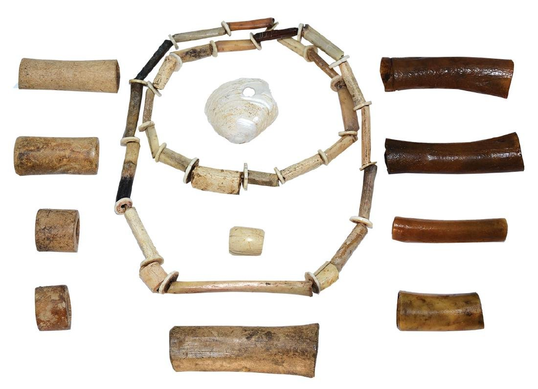 """Very fine Shell and Animal Bone Necklace (27"""") & 9"""