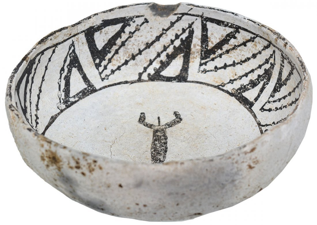 """6 1/8"""" Mimbres Bowl with animal figure in bottom.  NM. - 2"""