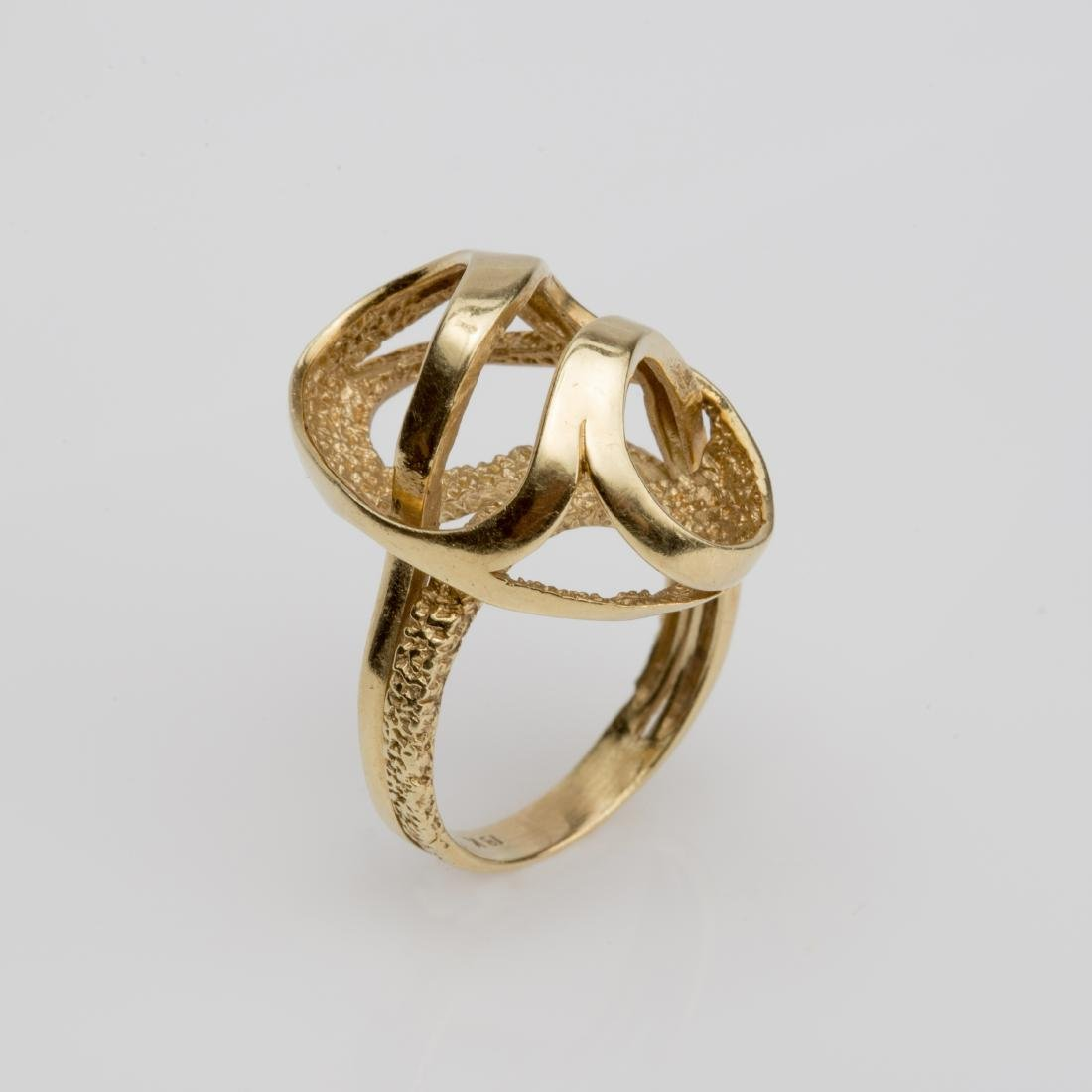 18K FASHION SWIRL COCKTAIL RING SIZE 6
