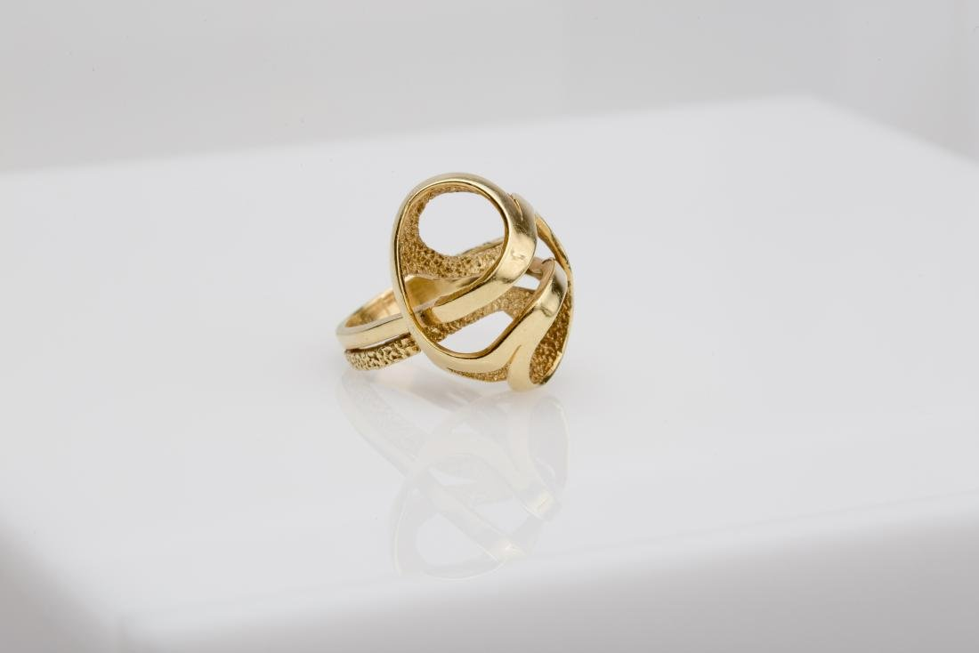 18K FASHION SWIRL COCKTAIL RING SIZE 6 - 3