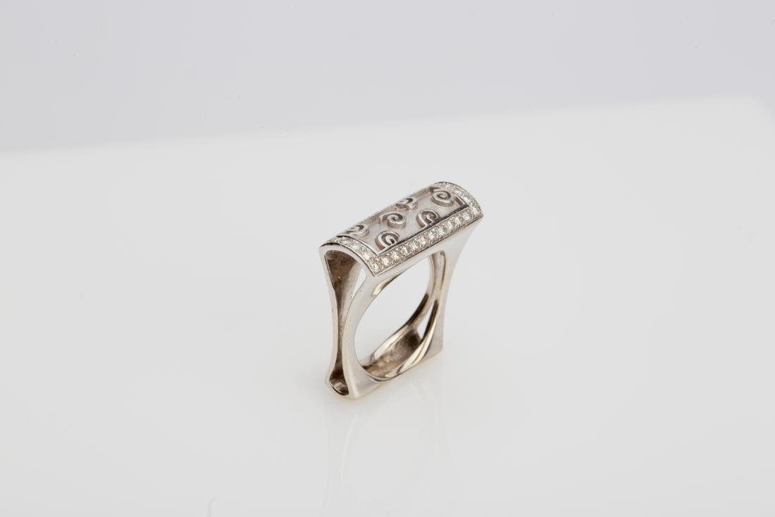 18K WHITE GOLD DIAMOND BOMBE' COCKTAIL RING - 3