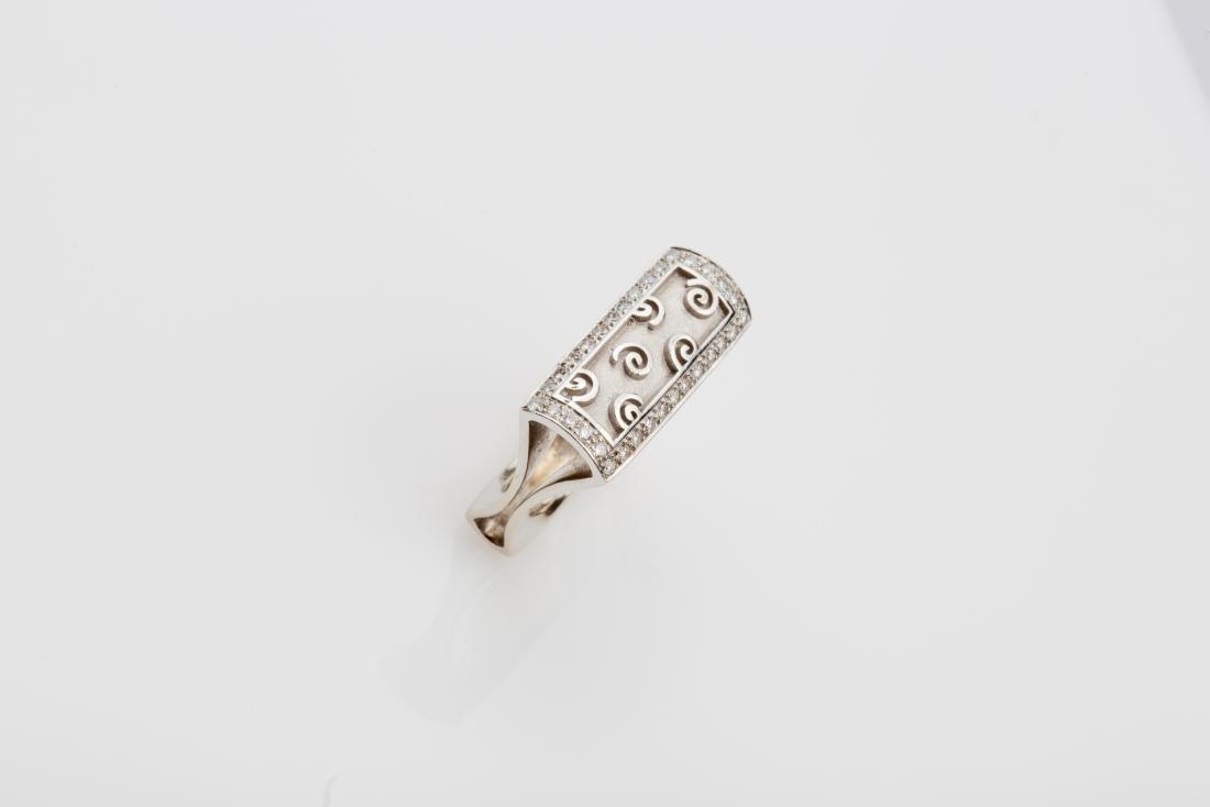 18K WHITE GOLD DIAMOND BOMBE' COCKTAIL RING - 4