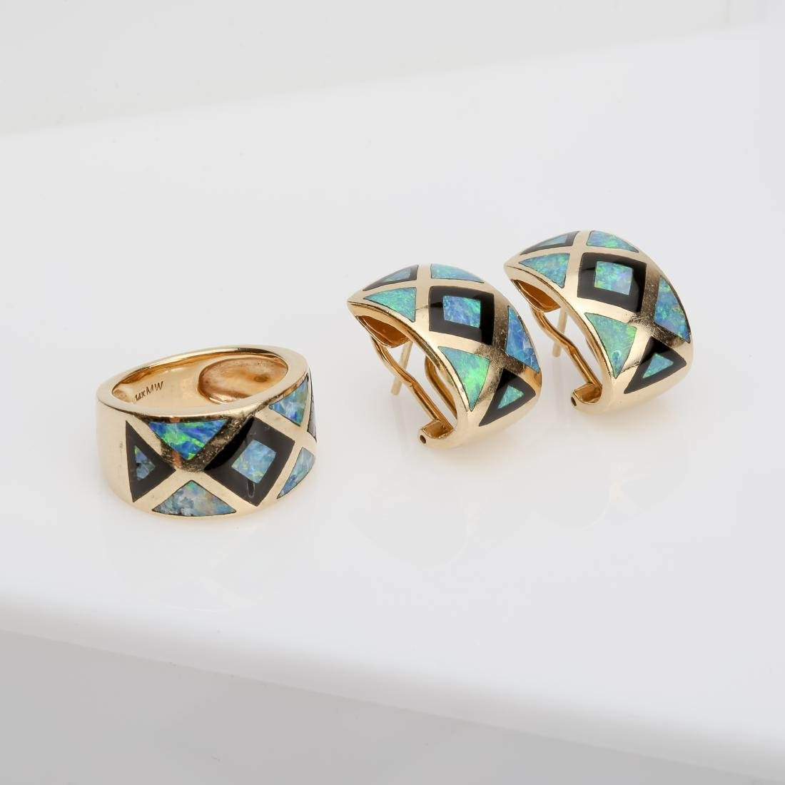 14K OPAL & ONYX INLAY MATCHING RING AND EARRINGS