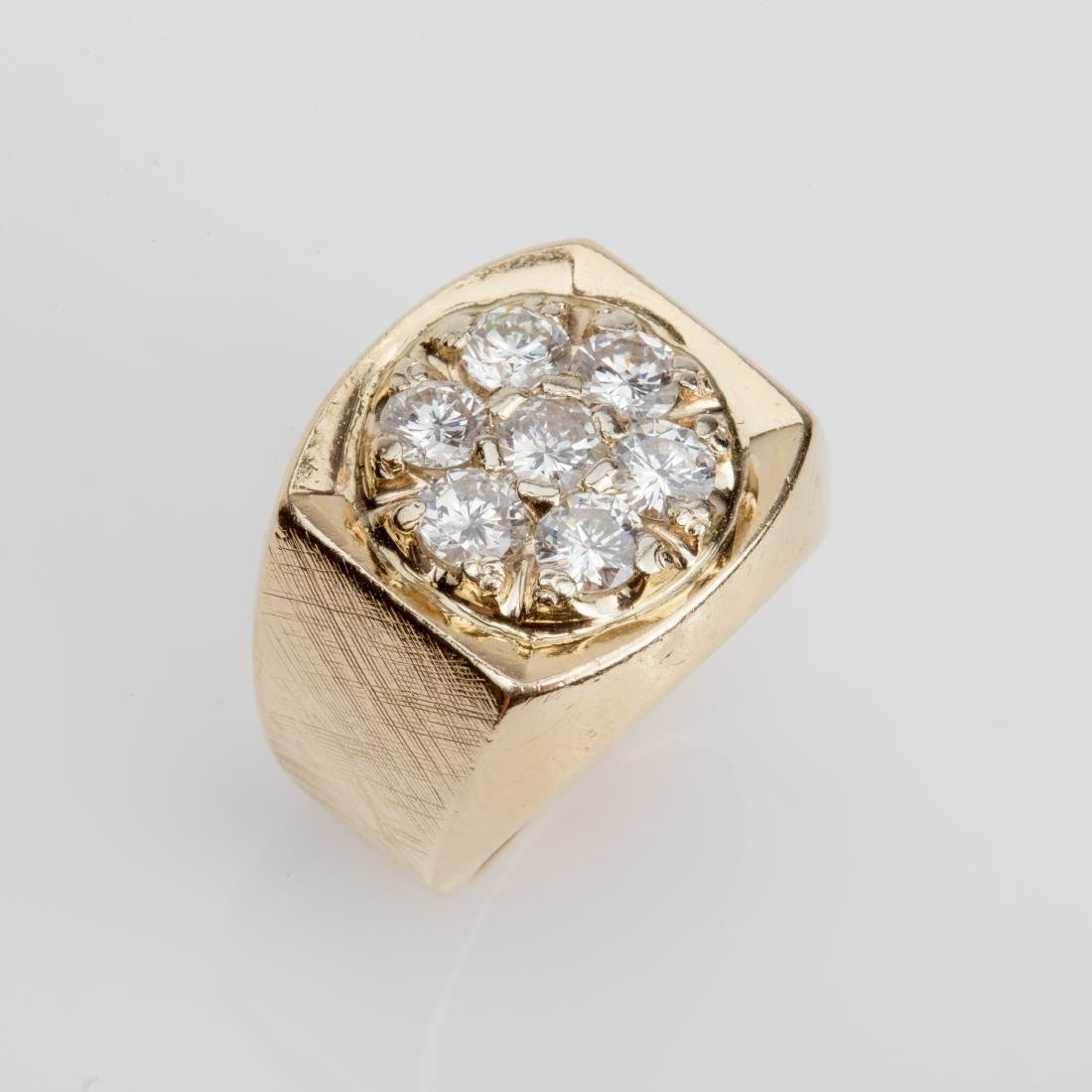 14K MENS ROUND TOP DIAMOND CLUSTER RING SIZE 6.7