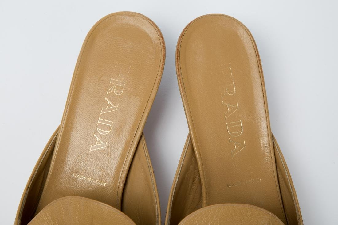 PRADA TAN LEATHER MULES WITH GROMMETS SIZE 38.5 - 4
