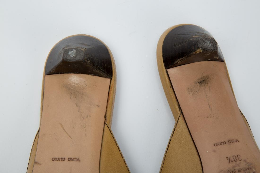 PRADA TAN LEATHER MULES WITH GROMMETS SIZE 38.5 - 6
