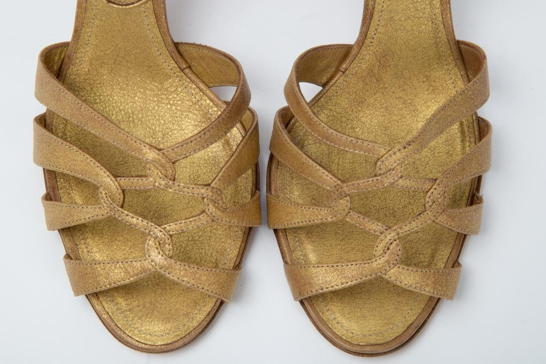 TWO PAIRS OF RALPH LAUREN SANDALS SIZES 9, 9.5 - 9