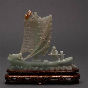 CARVED CHINESE JADEITE JADE BOAT, 19TH/20TH CENTURY