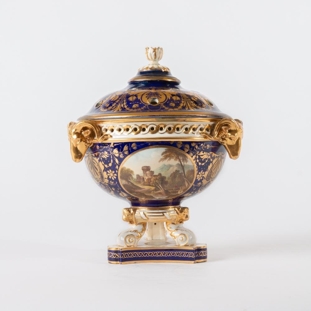 Finely Painted Bloor Derby Lidded Incense, Early 19th