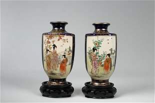 Signed 2 Japanese Meiji Period Kinkozan Vases