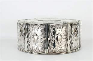 Round Silver Plate Matzah Holder