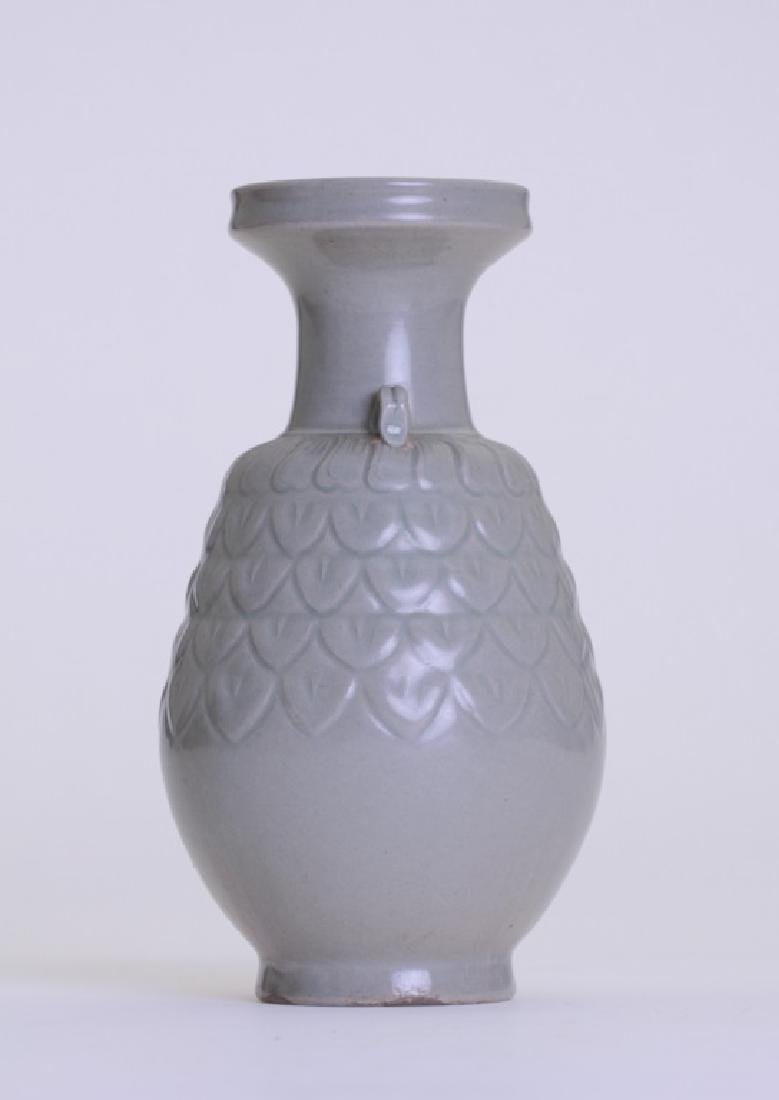 A nice Chinese celadon vase with double ears