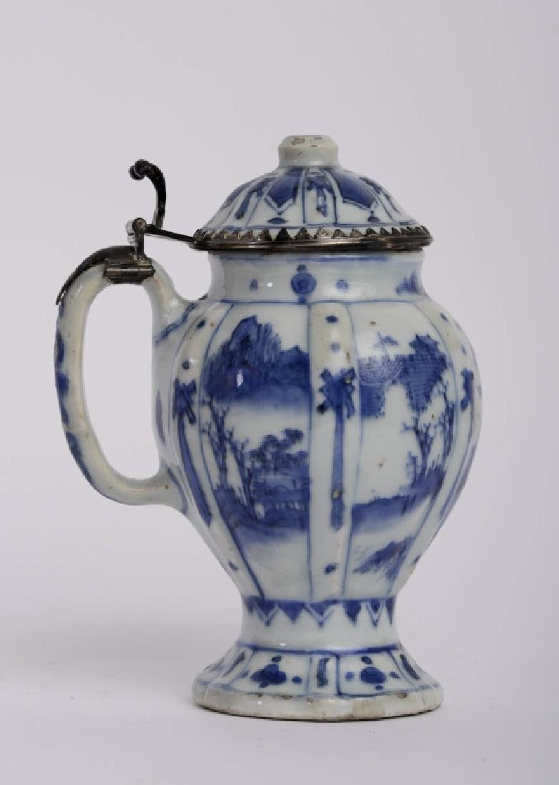 A Chinese Kang xi pitcher with lid