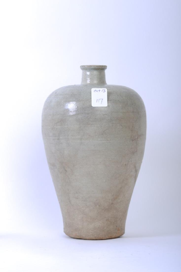 A Chinese Song dynasty whitish Mei Ping vase - 7