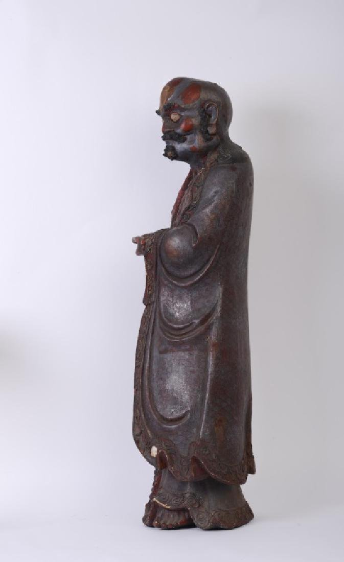 A Chinese wood carved and Da Mo figure - 4