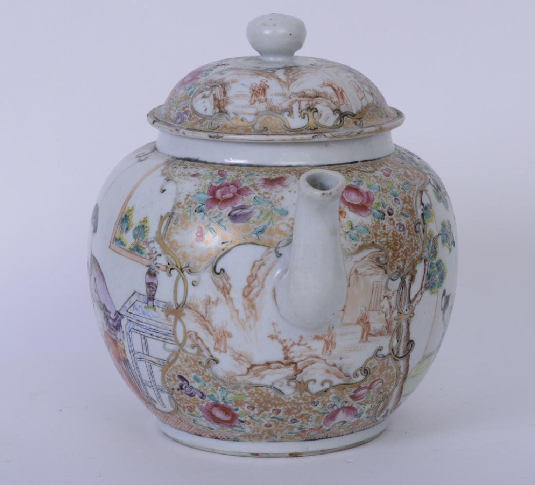 A Chinese export Qianlong famille rose teapot - 4