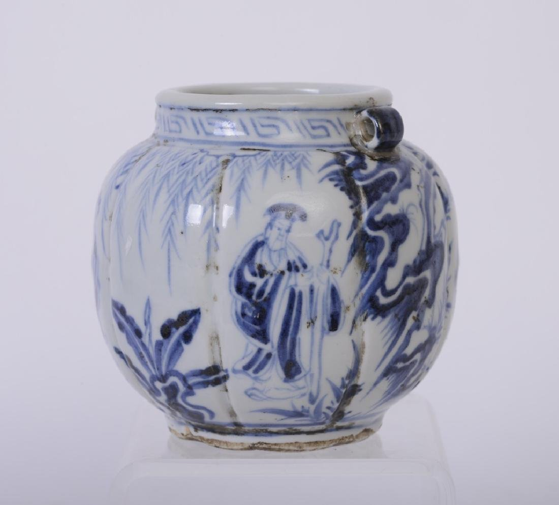 A nice Chinese blue and white jar