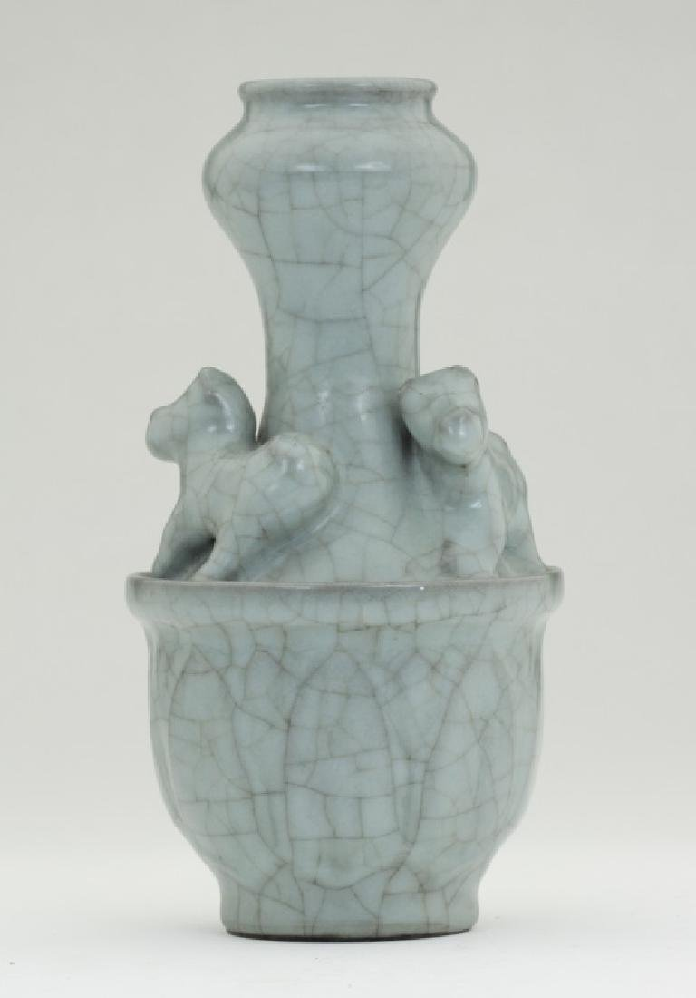 A rare Chinese Ru Kiln vase - 4