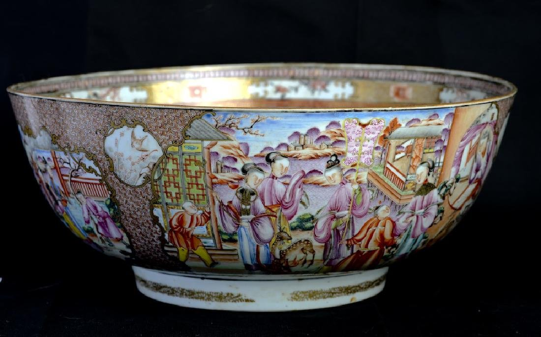 A huge Chinese export rose medallion punch bowl - 4