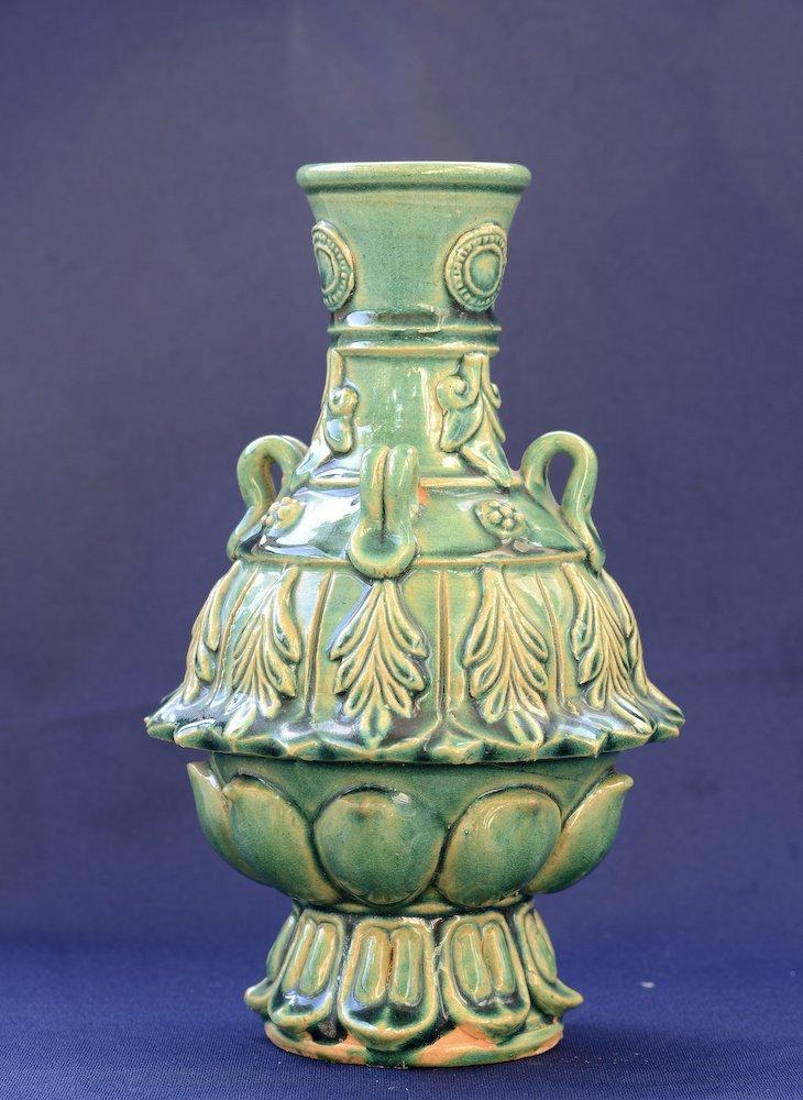 A nice Chinese ceramic greenish glaze vase - 3