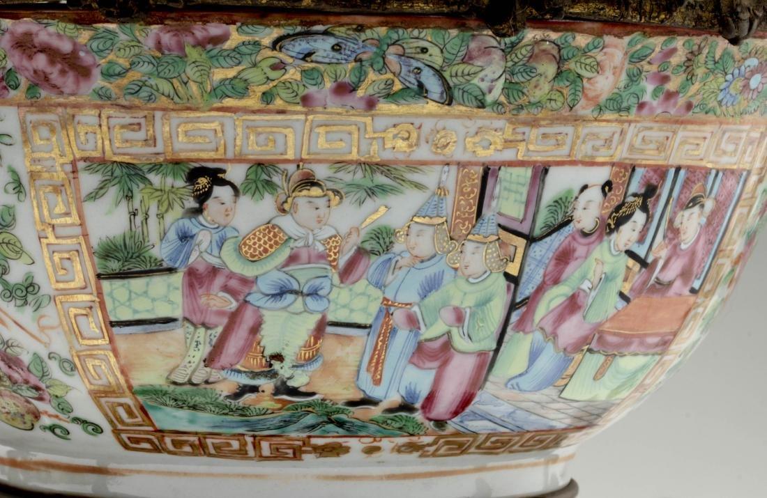 Nice Chinese export rose medallion porcelain bowl - 6