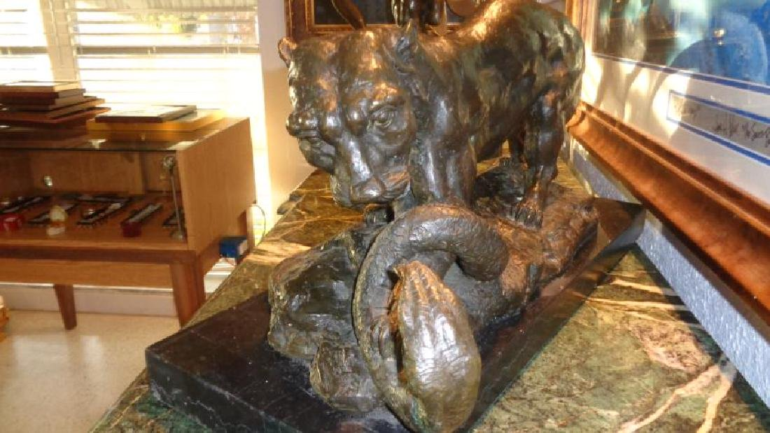 Large Bronze Sculpture - Wildlife 58 lbs - 4