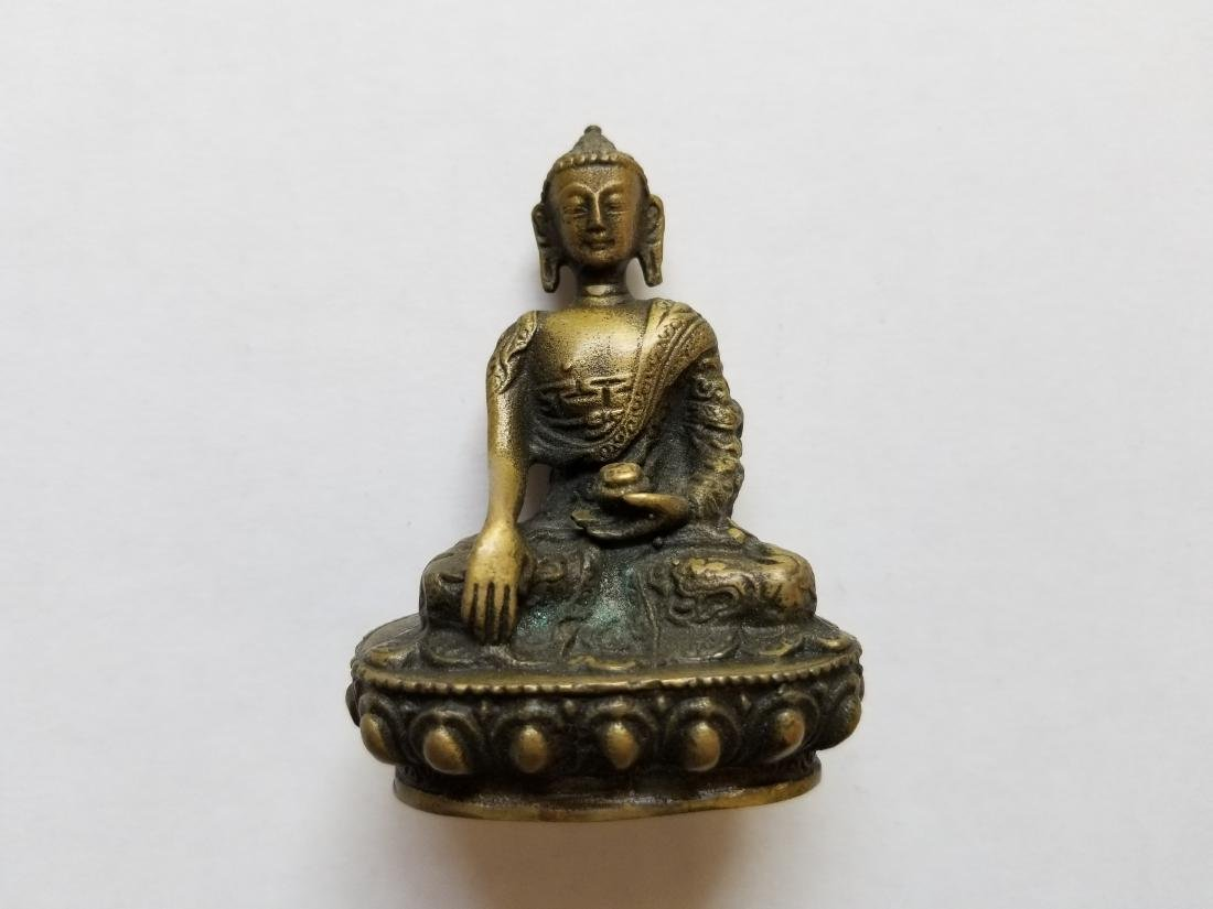 Old Tibet Buddhist Bronze Sakyamuni Shakyamuni Hold pot