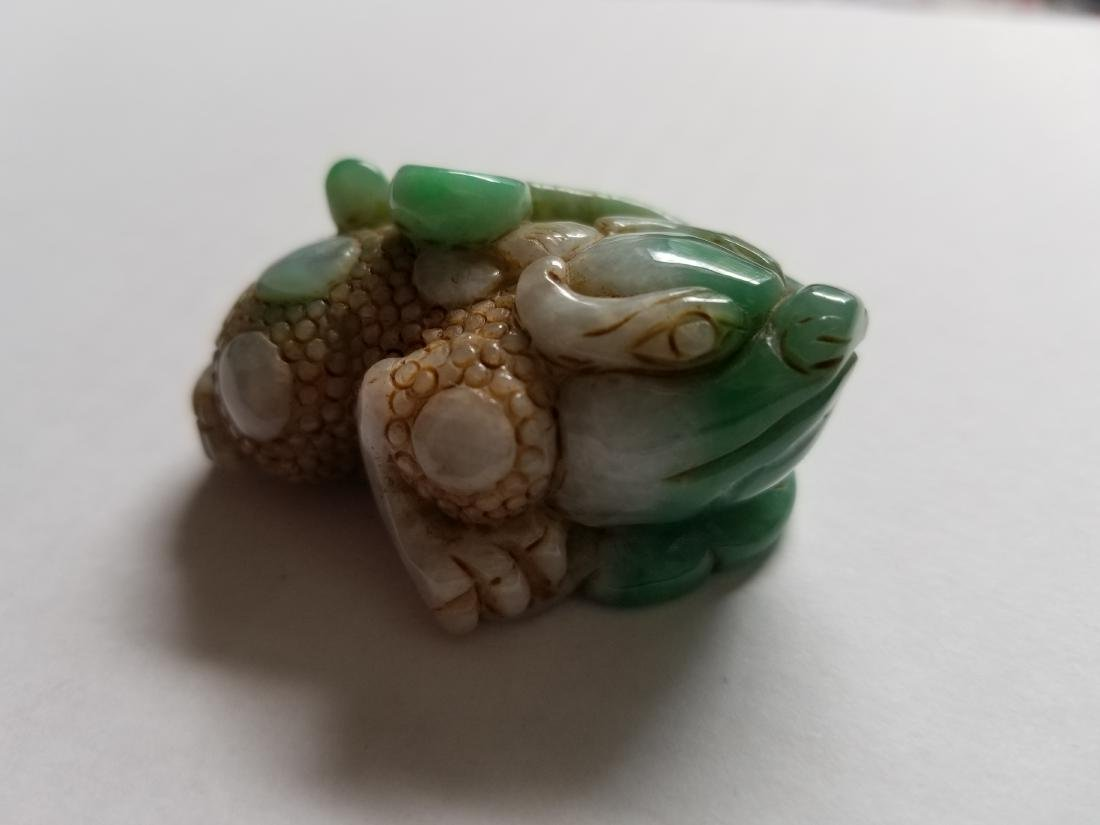 Chinese Exquisite Hand-carved toad carving Jadeite jade