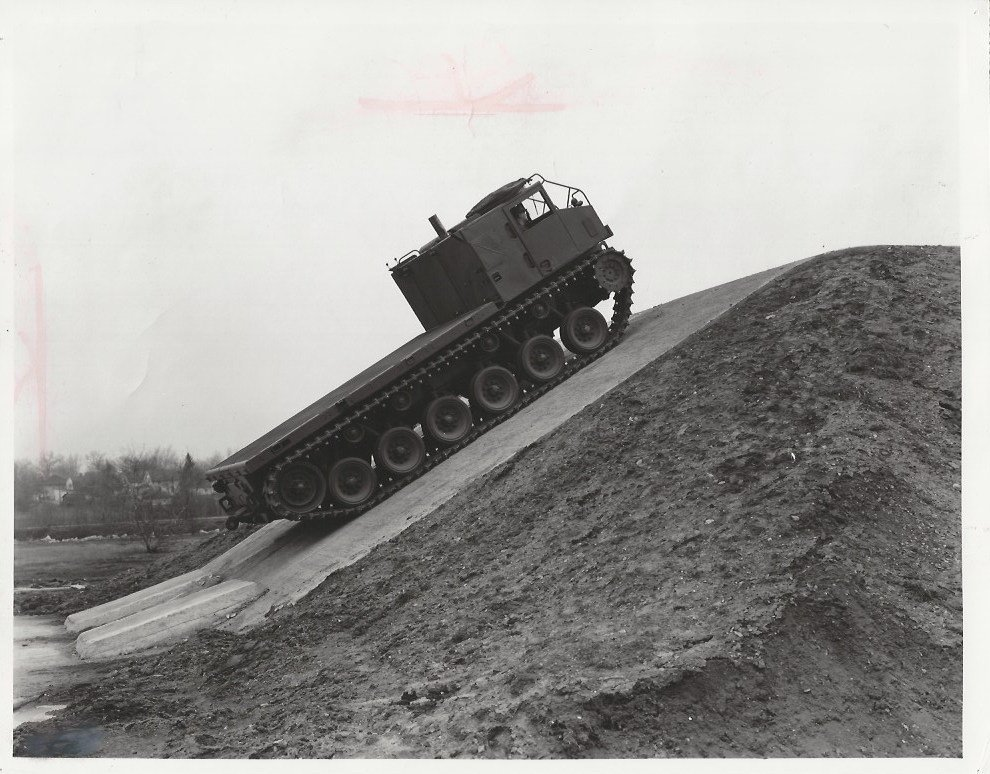 1952 An army M-8E2 tractor