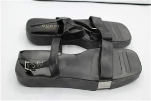 Gucci sandals clogs - size 7.5 black