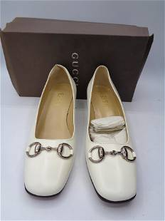 Stunning White Leather Vintage GUCCI Heels
