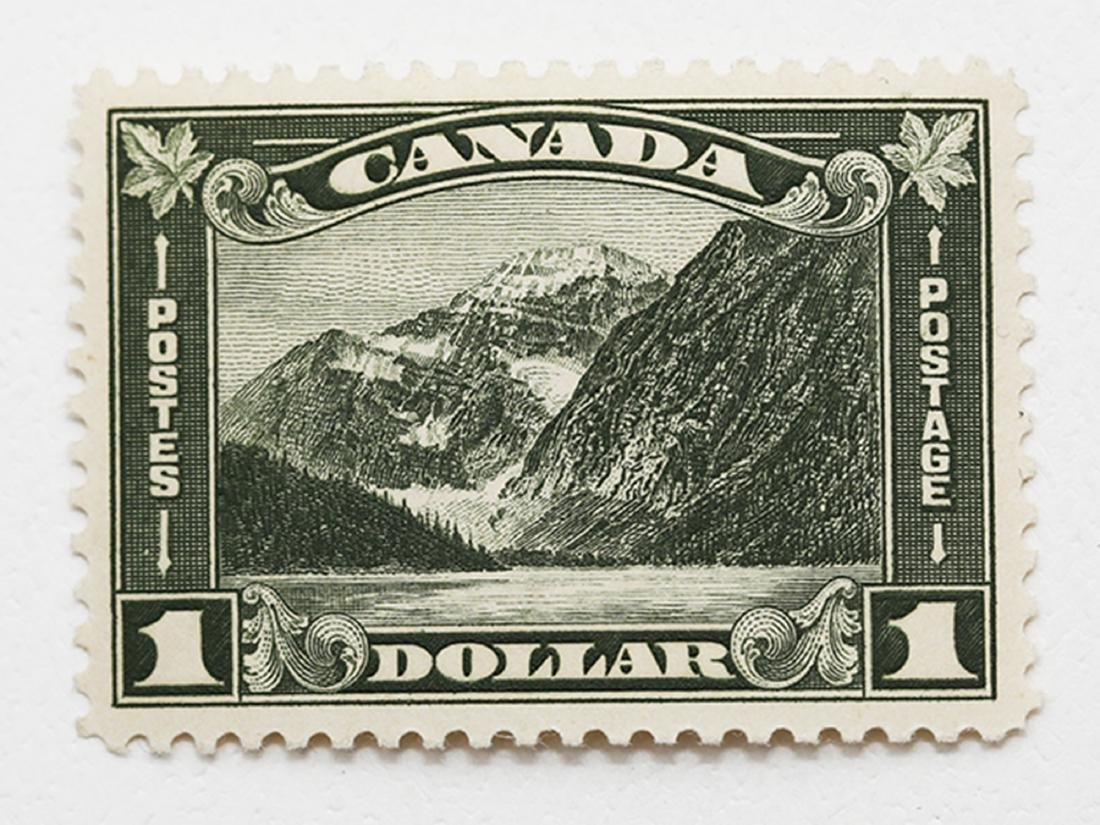 Canada $1 S/C #176 VF MLH OG
