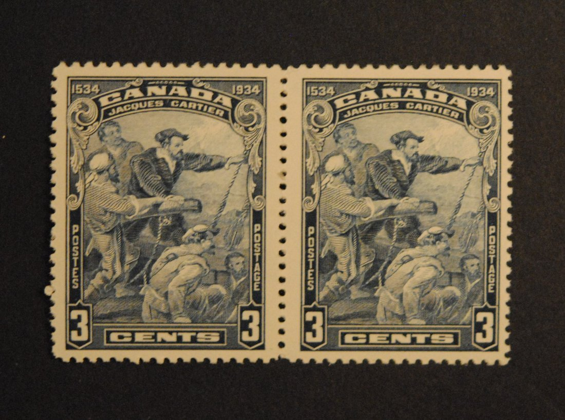 Canada 3c Pair Gutter Strip S/C #208 VF MNH